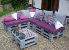 Pozabite na drago pohištvo, čas je za palete! S takšno teraso boste očarali vaše goste ...