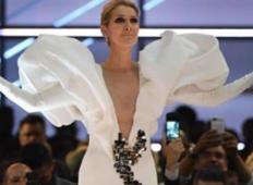 Celine Dion zapoje star hit, ki je še vedno v modi. In vsem vzame dih