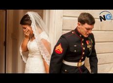 Tik pred poroko zgrabi nevesta ženina za njegovo tresočo roko. Takrat ugotovi globoko resnico o moškem, ki ga bo poročila ...