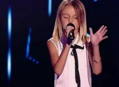 Majhna 10 letnica zapoje najtežjo pesem Demi Lovato - vsi štirje sodniki se obrnejo v sekundah
