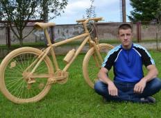 Mladi Bosanec si je iz 31.980 vžigalic izdelal to kolo ...