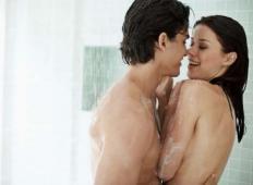 Teh 7 stvari dela moški, če ljubi svojo žensko - če dela 3. ga moraš poročiti!