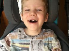 6-letni fantek iz Prekmurja je doživel 4 srčne kapi. Sedaj nujno potrebuje vašo pomoč!