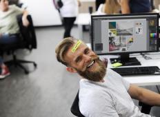 Raziskovalci ugotovili: starejši od 40 let bi morali delati le 25 ur na teden!