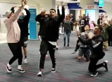 Plesalci so ostali ujeti na letališču kar 6 ur. Poglejte, zakaj nikomur ni bil dolgčas ...