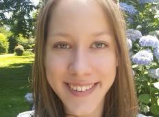 Mlada slovenska študentka prosi za pomoč. Potrebuje nov športni plesni voziček, da bo sledila svojim sanjam ...
