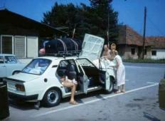 Še pomnite? Tako se je šlo z družino na morje v času Jugoslavije!