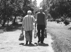 Hočem nekoga, ki si želi ljubezen, kot so jo poznali naše babice in dedki