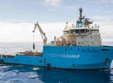 Izjemen dosežek! To je ladja, ki bi lahko očistila plastiko in oceane po vsem svetu!