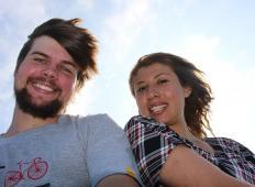 Zares srečni pari se ne izpostavljajo na družabnih omrežjih