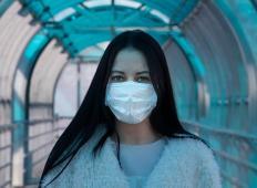 Res je, zdravstvu mask primanjkuje, a potrebujemo jih tudi državljani. To svetujejo Mladi zdravniki Slovenije ...