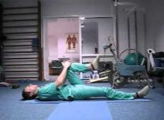 Ruski kirurg pokaže nekaj preprostih vaj, ki lahko preprečijo poškodbe hrbtenice