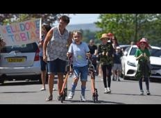 9-letni fant s cerebralno paralizo prehodil 42- kilometrski maraton. Ko je prišel v cilj …