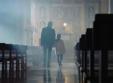 Andrea Bocelli zapel ob svoji 8-letni hčerki. Tako se je lotil pesmi Ave Maria!
