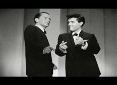 Izjemno redki posnetek, v katerem si delita oder Elvis Presley in Frank Sinatra!