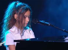 Deklica na odru zapela pesem Queenov. Ponosen bi bil še Freddie Mercury!
